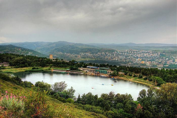 Turtle-lake_Tbilisi_Georgia | www.TourismGeo.Com